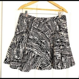 Zara Basics Flare Mini Skirt Black/White L
